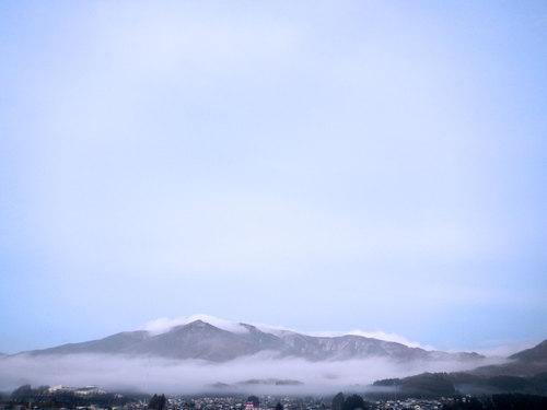 tohoku-mountains.jpg