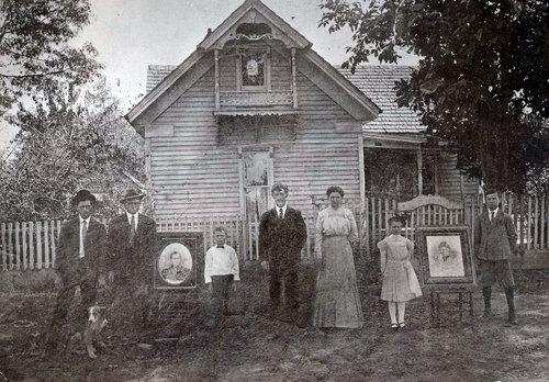 Later-H.B.-Hill-Family.jpg