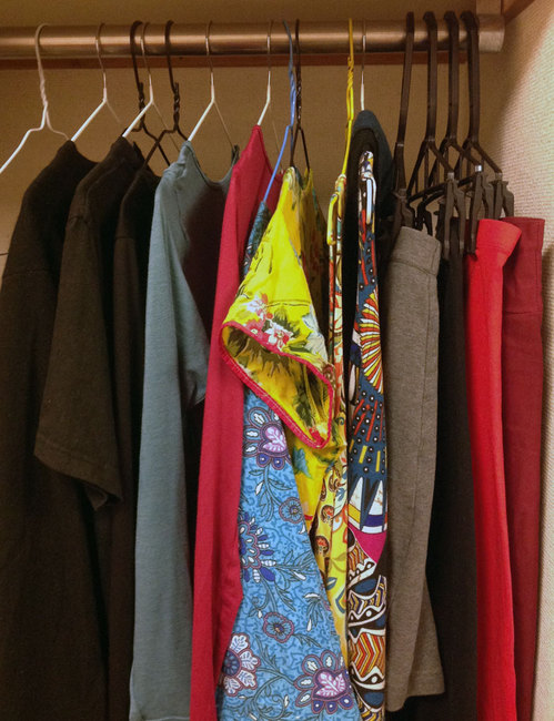 minimal-closet.jpg