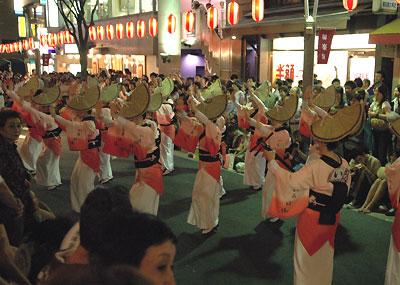 kagurazaka-dancers2.jpg