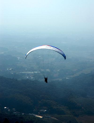 paraglide-air.jpg