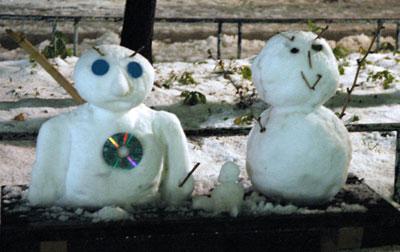 snow-couple.jpg