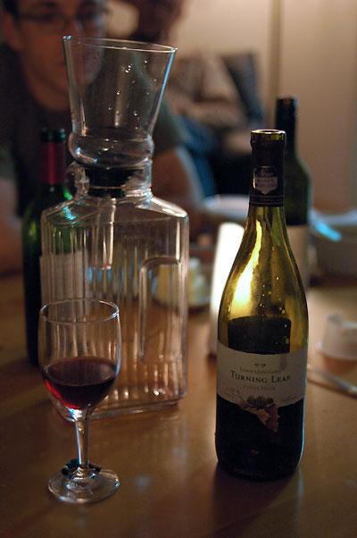 winedecanting.jpg
